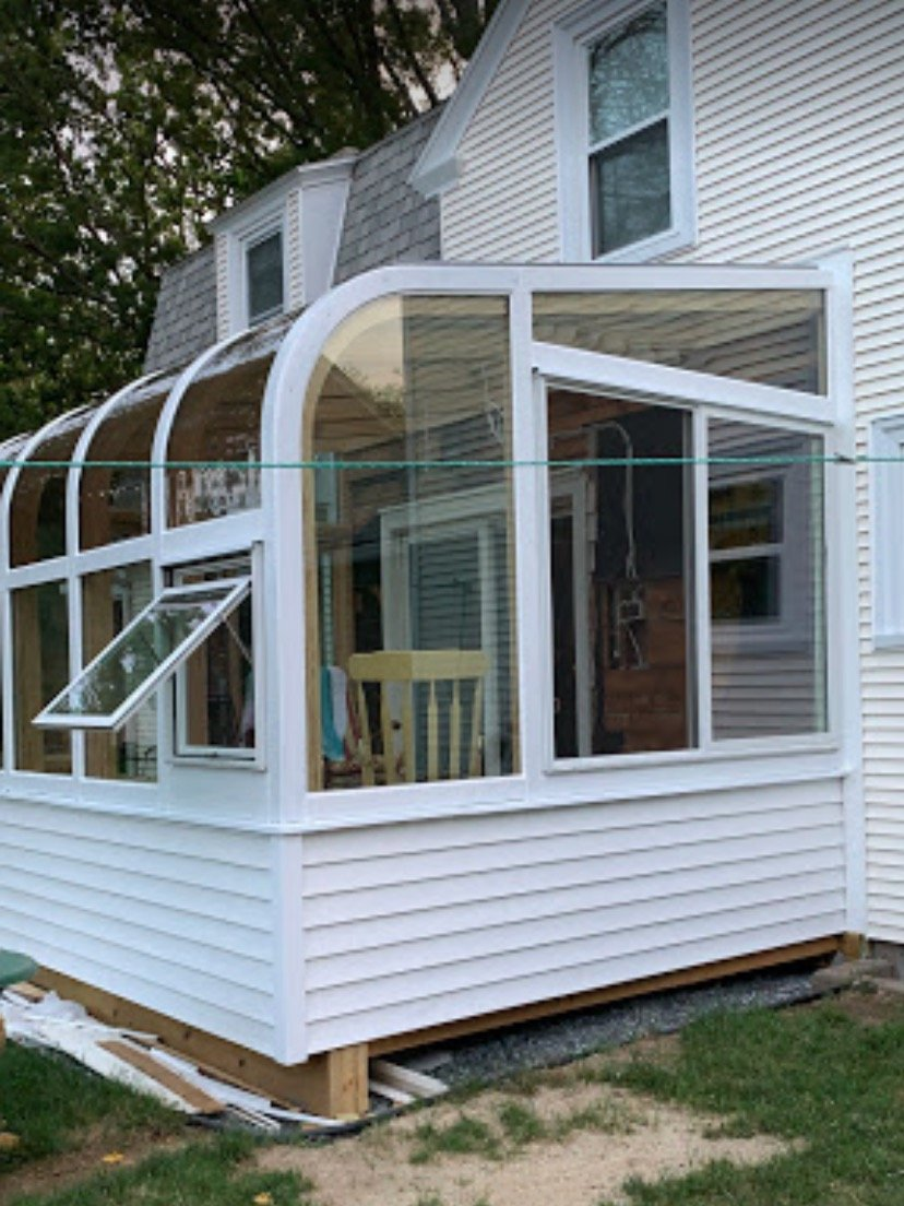RI Add a Four-Season Sunroom Addition to Enjoy at Home